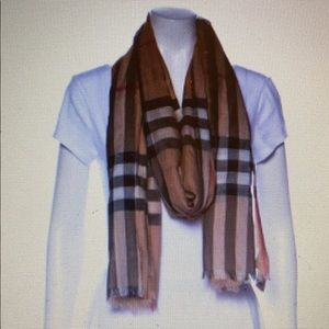 Burberry wool and silk blend house check scarf